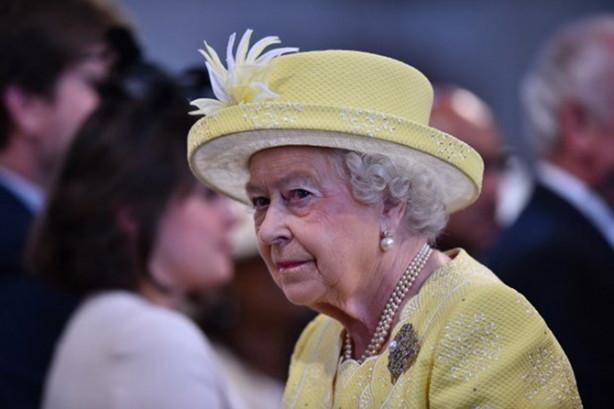 Kraliçe 2. Elizabeth bugün 91. yaşını kutluyor. Kraliçe, tahta bulunduğu sürede Winston Churchill'den Theresa May'a kadar toplam 13 İngiliz başkanı gördü.
