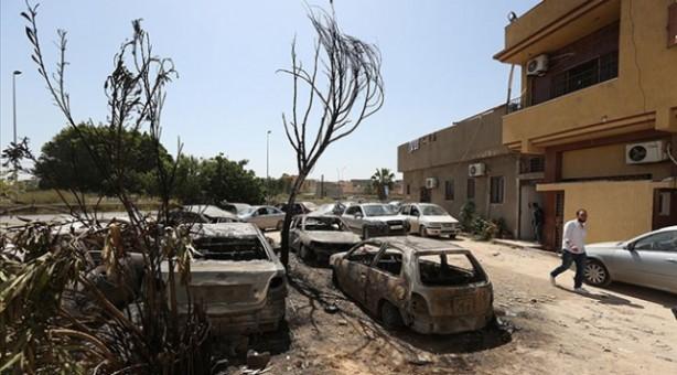 Foto - (Haziran 2014) 25 Haziran'da GUK seçimleri gerçekleştirildi. Milis güçler arasındaki çatışmalar şiddetlenirken katılım yüzde 42'de kaldı. Müslüman Kardeşler'in sandalye sayısı azalarak 25'e düştü.