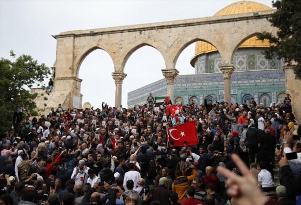 Mescid-i Aksa'da Cumhurbaşkanı Erdoğan posterleri
