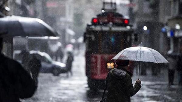 Foto - Cuma öğleden sonra Doğu Karadeniz'de yağış ara verebilir. Ancak Marmara, Batı ve Orta Karadeniz, Ege, İç Anadolu'nun batı kesimleri, Akdeniz'de yağış devam edebilir. Cumartesi öğleden sonra, Marmara, Batı Karadeniz, İç Anadolu'nun batısı, Ege'nin iç kesimleri, Akdeniz yağış alabilir. Özellikle Batı Karadeniz sahili ve iç bölgeleri, İç Anadolu'nun kuzeybatısı kuvvetli yağışa maruz kalabilir.