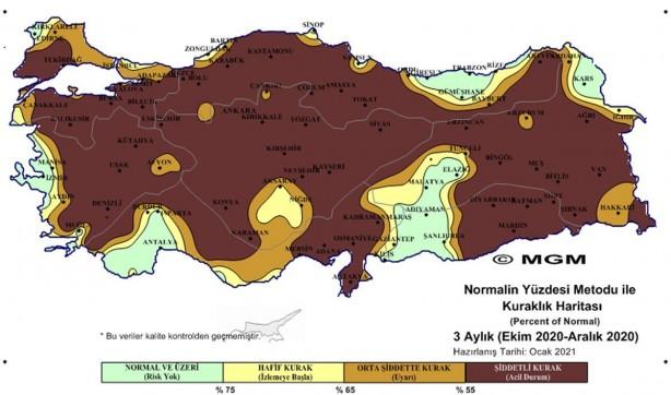 Foto - O İLLERDE YÜZDE 80'İN ÜZERİNDE ŞİDDETLİ KURAKLIK ETKİLİ - SPI metoduna göre son 3 aylık haritada Güney Marmara ve İç Ege, Batı Karadeniz, İç Anadolu, Doğu Anadolu bölgelerinin önemli bir bölümü 'olağanüstü kurak', 'çok şiddetli kurak' ve 'şiddetli kurak' olarak gösteriliyor. PNI metoduna göre olan haritada ise aralık ayında Kırklareli, İzmir, Antalya, Adıyaman ve çevresi, Van, Iğdır ve Sinop'un belirli bölgeleri haricindeki yerlerde yüzde 80'in üzerindeki tüm bölgelerde 'şiddetli kurak' ibaresi yer alıyor.