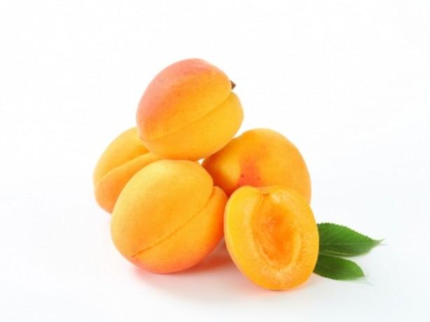Yani Mayıs ayında tezgahlardaki yerini alan ve Malatya Kayısısı olarak satılan bu meyve kalitesi düşük, hormonlu kayısıdır.