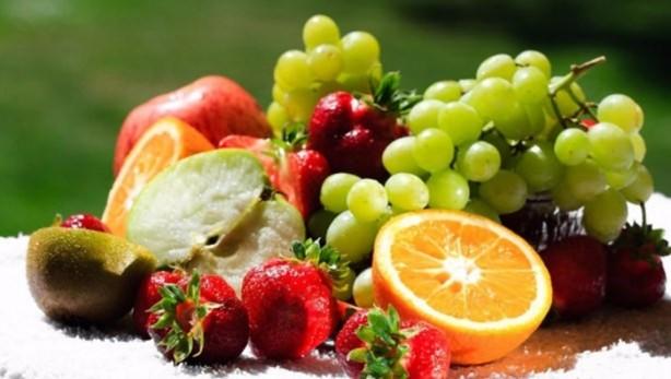 Çilekten, muza, kayısıya, kiraza, karpuza  kadar birçok yaz meyvesi ne yazık ki sağlık açısından tehlike saçıyor.