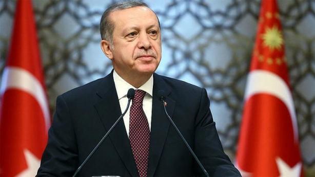 Foto - Optimar Araştırma Şirketi'nin yaptığı saha araştırmasına katılanların %44,7'si 2023 seçimlerinde oyunu Cumhurbaşkanı Recep Tayyip Erdoğan'a vereceğini söylerken, %34,7'lik kesim ise Ekrem İmamoğlu'na oy vereceğini söyledi.