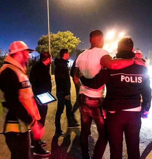 Foto - Solak medyanın yaptıkları provokatif haberlerle hedef haline getirdiği Türk polisi ile ilgili, Pascal Nouma'dan gelen paylaşım sosyal medyayı salladı.