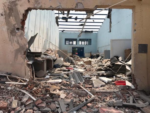 Foto - Sakarya'nın Hendek ilçesinde bulunan havai fişek fabrikasında patlama meydana geldi. Patlama sonrası sosyal medyada herkes tek yürek olup acı haberlerin gelmemesi için dua etti.