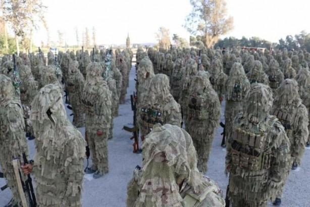 Foto - BÖYLE SAKLANABİLECEKLERİNİ SANIYORLAR Birçok terörist PKK'dan kaçıp teslim olmaya başlarken örgütün Suriye'deki uzantısı YPG, Amerika ve Avrupa'dan aldığı paralarla teröristlere yeni kamuflajlar giydirmeye başladı.