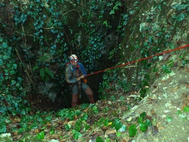 Ruslar dünyanın en derin mağarasına indi