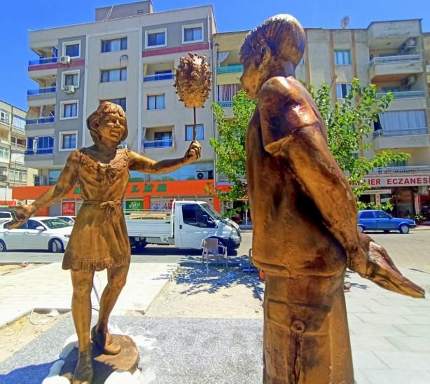 Foto - İşte belediyenin yapmış olduğu diğer heykeller…