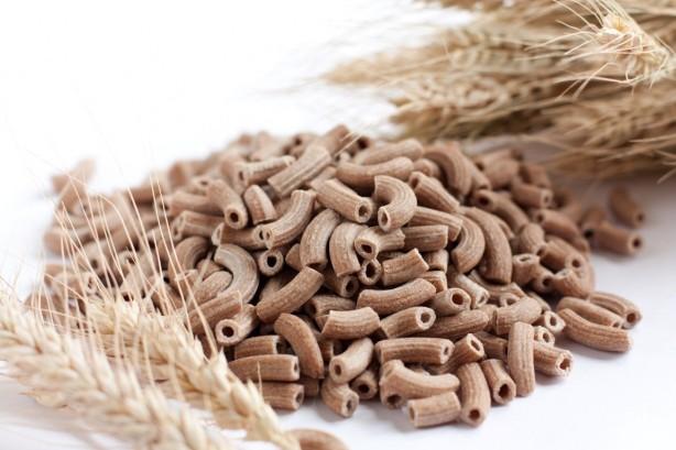 Foto - Kepekli makarna, buğday ekmeği yemek, gözdeki damarları koruyarak göz etrafında oluşabilecek çizgileri yok etmede etkili olduğu bilinmektedir.