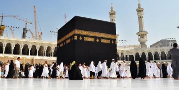 Suudi Arabistan bugün itibarıyla umre sezonunu açtığını duyurdu
