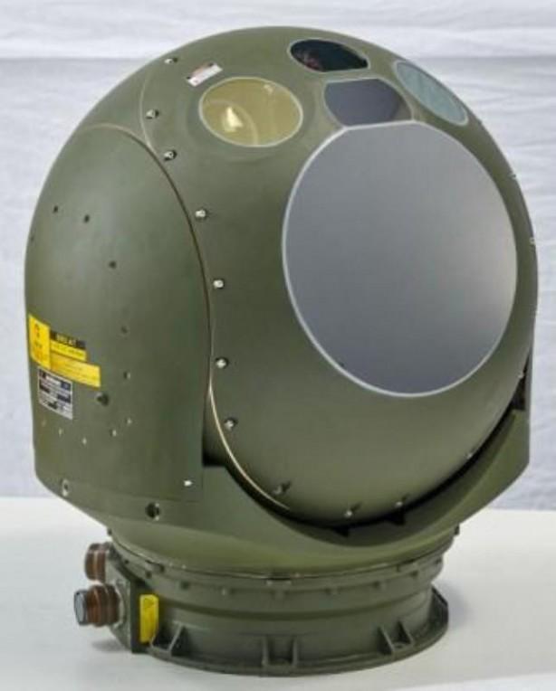 Foto - ASELFLIR-300T yüksek çözünürlüklü (1440×576) kızılötesi kamera, uzaktan teşhis kabiliyetli gündüz kameraları, lazer hedef işaretleyici ve lazer mesafe ölçücünün birleşmesinden meydana geliyor.