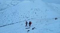 Gönül Dağı'nda Türk bayrağı açtılar