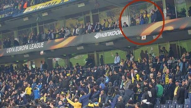 Foto - 39 yaşındaki oyuncu, Alex'in futbol oynadığı dönemde satın aldığı ve ailesinin her maçı takip ettiği yerin yeni sahibi oldu.
