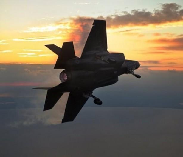 İşte deneme uçuşları başarılı olan TSK'nın 2017 yılında envanterine katmak istediği F-35'lerin özellikleri: