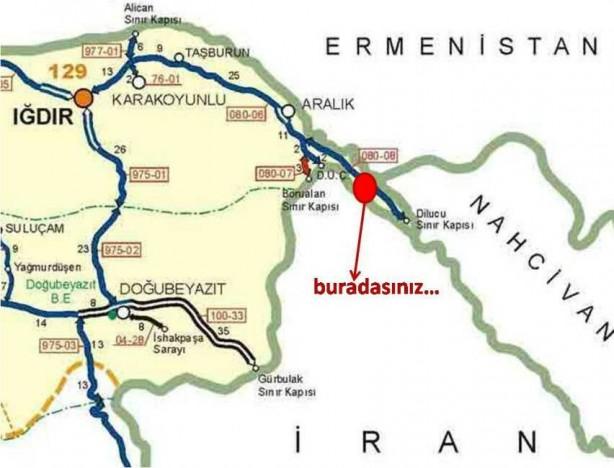 Foto - (Türk Kapısı diye tabir edilen bölge) 1930'lu yıllarda Nahcivan'ın karşısında yer alan 10-12 km2'lik toprak İran'dan satın alınırken bölgeye verilen ad durumu özetliyor: Türk Kapısı. Bugün, Türkiye'nin en kısa kara sınırına sahip olduğu komşusunun Nahçıvan olmasının sebebi de orada oluşturulan sınırın satın alma yoluyla gerçekleşmesinden kaynaklı.