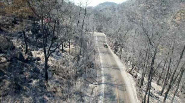Foto - Öncesi ve sonrasında aynı yerden çekilen kareler ise yangının neden olduğu yıkımı net bir şekilde gösteriyor.