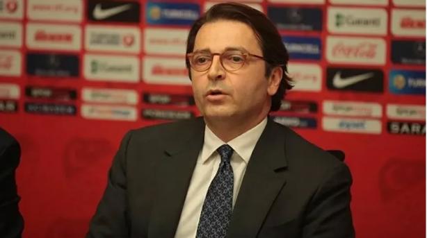 Foto - UEFA ve TFF Sağlık Kurulu Üyesi Prof. Dr. Mete Düren, Türkiye'de futbolun UEFA Sağlık Kurulu'nun öngördüğünden daha erken başladığını belirterek