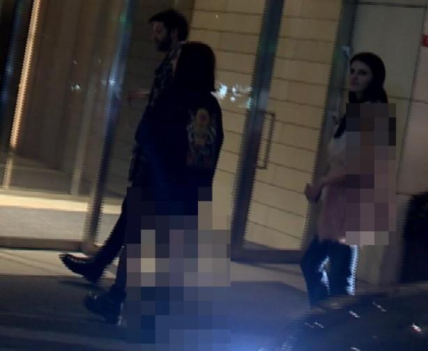 """Foto - Evlerde, villalarda yapılmaya başlanan """"özel partiler""""den biri de önceki akşam Etiler'deki Akmerkez Residence'ta bulunan bir dairede gerçekleşti."""