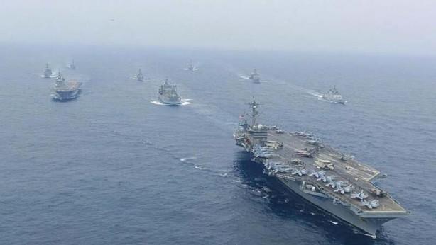 Üst üste bombardıman uçakları havalanmıştı! Uydu görüntüleri geldi… İki ülke resmen savaşa hazırlanıyor