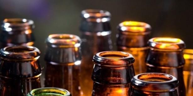 Foto - ALKOL Fazla tüketilen alkolün ağız, yemek borusu, karaciğer, kolon, rektum ve meme kanseri riskini artırdığı gösterilmiştir.