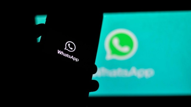 Bir diğer özellik ise WhatsApp yedekleri üzerine... Uygulama, sohbet yedekleri için şifre koruması sağlayacak. Özellik uygulamanın önceki bir sürümünde tespit edildi ve temel olarak kullanıcıların sohbet yedeklemelerine gizlilik için güvence altına almak için şifre ya da pin ayarlamasına izin veriyor.