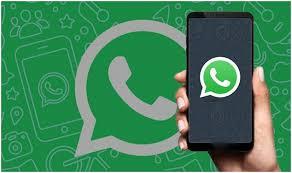 Ayrıca WhatsApp son zamanlarda yanlış bilgilerin yayılmasını önlemek için mesajların iletilmesini sınırlayan bir özellik sundu. Uygulama artık iletilen mesajlardaki her şeyi indirmesini kısıtlayan bazı ek otomatik indirme özellikleri sunacak.