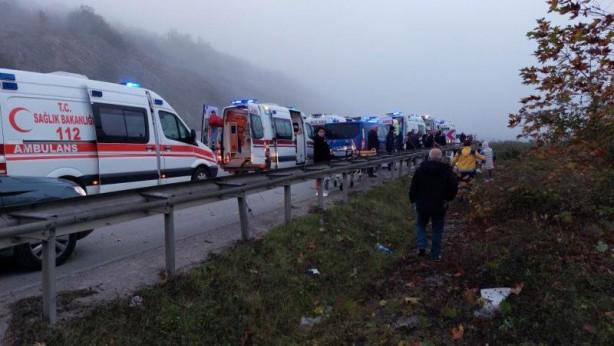 Yolcu otobüsü 150 metreden dereye yuvarlandı! Ölüler ve yaralılar var