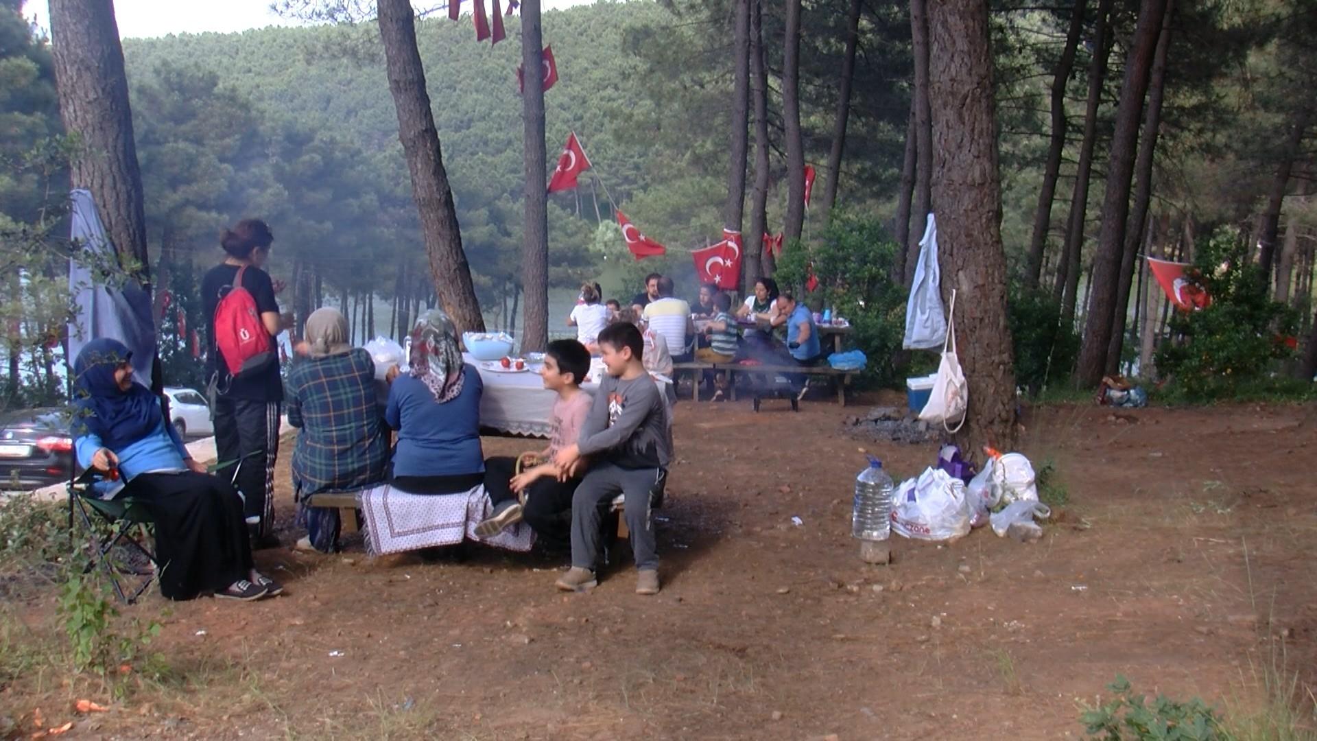 1592294073 a64630 İstanbul'daki keneler için uzmanından korkutan uyarı: Kırım Kongo Kanamalı Ateşi (KKKA) yok ama Lyme hastalığı görülebilir 3