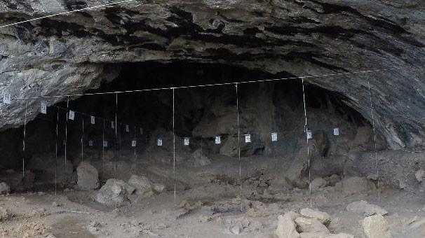 18-08/12/direkli-magarasi-nda-14-bin-yillik-ayi-ve-aansar-kafatasi-bulundu-12116581.Jpeg