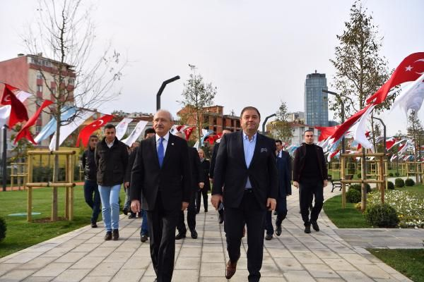 Kılıçdaroğlu Maltepe Cumhuriyet Parkı'nı ziyaret etti