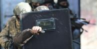15 suçtan aranan hükümlü çatışmada öldürüldü