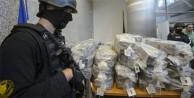 2,3 ton kokain çete liderine götürdü