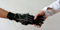 3D yazıcıyla protez el yaptı