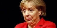 Merkel'i 'sen' diye çağırıyorlar