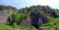 Sibirya'da yapılan kazıda 40 bin yıllık bilezik bulundu