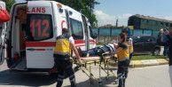 Önünde giden otomobile çarptı: 2 yaralı