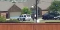 ABD polisi teslim olmak için ellerini kaldıran adamı vurdu!