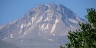 Ağustos'ta o dağa kar yağdı
