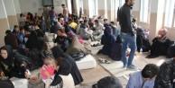 Askerler Van'da 130 göçmeni kurtardı