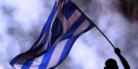 Atina'da savaş karşıtı gösteri