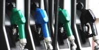 Bakan açıkladı! Petrol fiyatları düşecek mi?