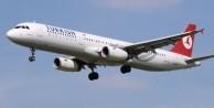 Bakanın bulunduğu uçak zorunlu iniş yaptı