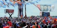 Davutoğlu'ndan İzmir'de gövde gösterisi - FOTO