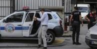 Başkent'te 50 gardiyan gözaltında