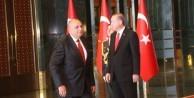 Başkomutan tebrikleri kabul etti - VIDEO