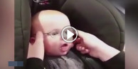 Bebeğin görülmeye değer 'gözlük' sevinci