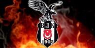Beşiktaş van Persie'yi resmen açıkladı!