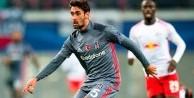 Beşiktaş'ın genç yıldızı o takıma imza attı