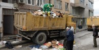 Bursa'da iki evden tam 15 kamyon...